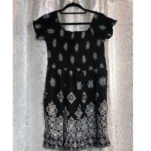 Black & white summer dress